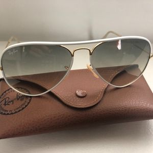 Ray-Ban Full Color Aviator - White